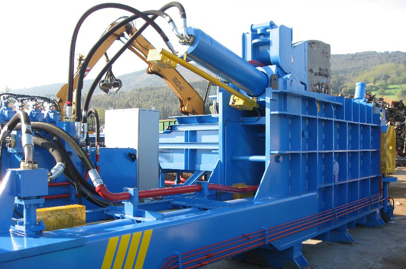 Imabe Three Ram Metal Baler